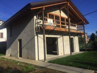 Foto 1 di Villa via Pinerolo, San Secondo Di Pinerolo