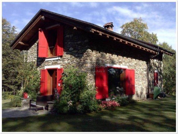 Foto 2 di Villa via per Levo 65, Stresa