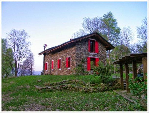 Foto 4 di Villa via per Levo 65, Stresa
