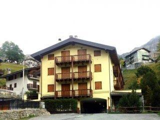 Foto 1 di Bilocale Località Capoluogo, Valtournenche