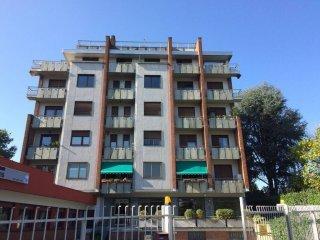 Foto 1 di Trilocale corso Torino 79, Chieri