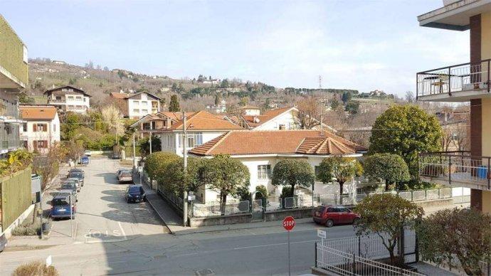 Foto 10 di Trilocale via buozzi, Pinerolo