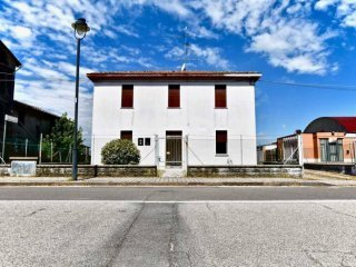 Foto 1 di Casa indipendente via Barchetta, 24, Galliera