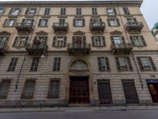 Foto 1 di Appartamento via Bonafous, Torino (zona Centro)