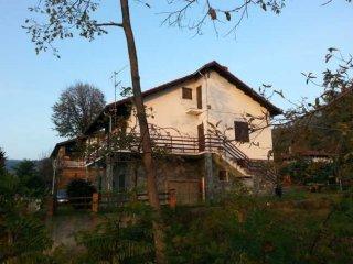Foto 1 di Villa via marconi 39C, Tiglieto