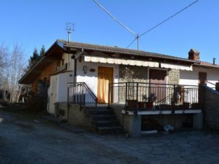 Foto 1 di Villa VIA BERGERA, Bagnolo Piemonte