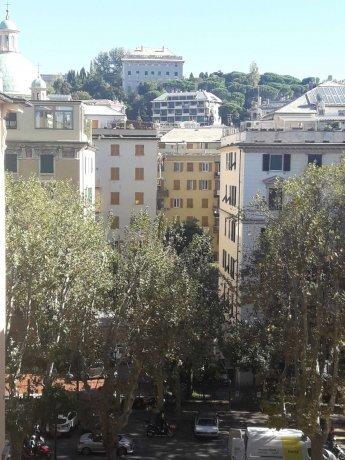 Foto 2 di Appartamento corso Torino, Genova (zona Carignano, Castelletto, Albaro, Foce)
