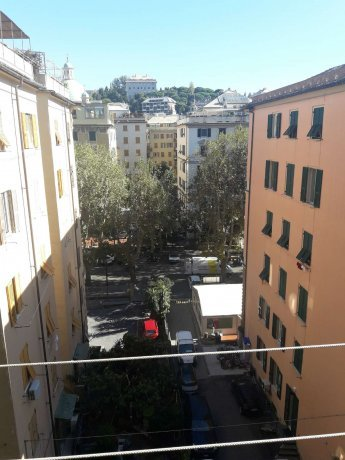 Foto 5 di Appartamento corso Torino, Genova (zona Carignano, Castelletto, Albaro, Foce)