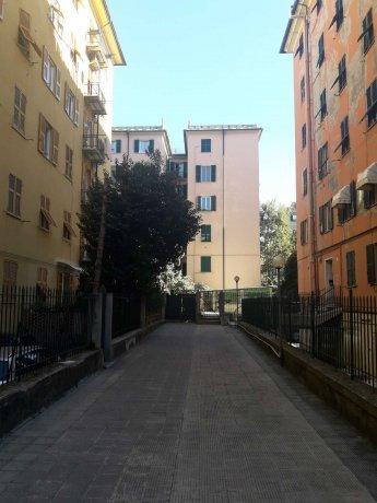 Foto 11 di Appartamento corso Torino, Genova (zona Carignano, Castelletto, Albaro, Foce)