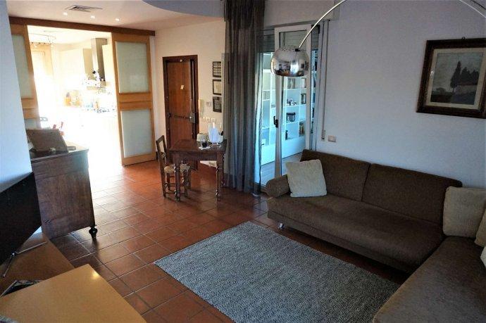 Foto 1 di Appartamento via Caduti delle fosse Ardeatine, Rimini