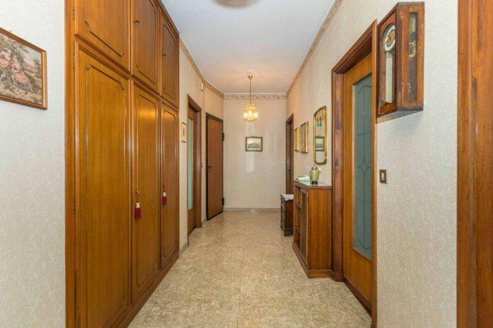 Foto 3 di Appartamento corso Cosenza 81, Torino (zona Santa Rita)