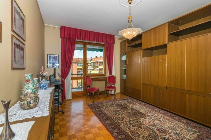 Foto 10 di Appartamento corso Cosenza 81, Torino (zona Santa Rita)