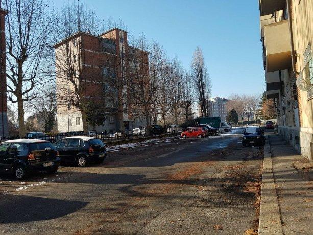 Foto 4 di Trilocale via Tolmino 59, Torino (zona Santa Rita)