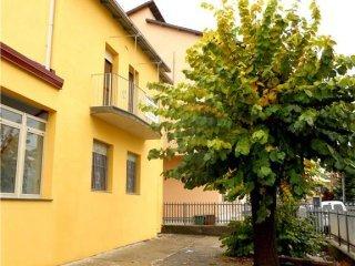 Foto 1 di Appartamento strada Valbera 43, Castagnole Delle Lanze