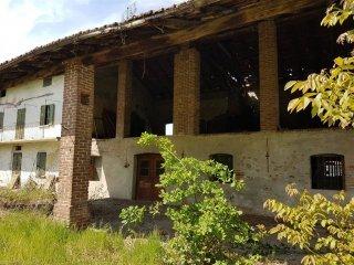 Foto 1 di Rustico / Casale via del passatore 70, Cuneo