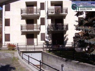 Foto 1 di Bilocale via Chateau 23, Oulx