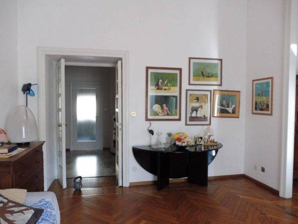 Foto 2 di Appartamento piazza Statuto, Asti