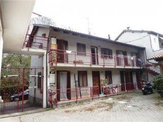 Foto 1 di Trilocale Strada Val San Martino 58, Torino