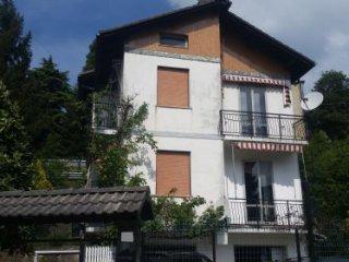 Foto 1 di Villa via XXV Aprile, Mignanego