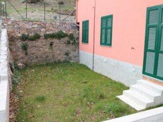 Foto 1 di Appartamento San Martino, Serra Riccò