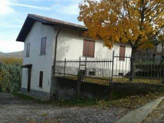 Foto 1 di Casa indipendente Via Val Borbera, Cantalupo Ligure