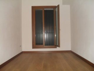 Foto 1 di Appartamento via Roma, Lonigo