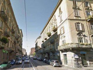 Foto 1 di Trilocale via San Pio V, 24 b, Torino (zona San Salvario)