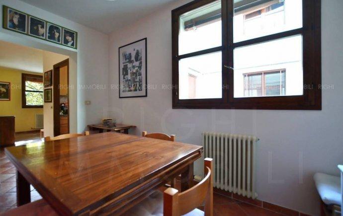 Foto 5 di Appartamento via Enrico Mattei, Bologna