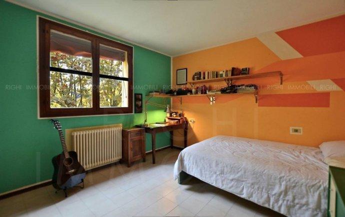 Foto 10 di Appartamento via Enrico Mattei, Bologna