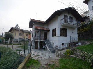 Foto 1 di Villa via Pola 14, Pinasca