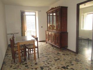 Foto 1 di Appartamento Valbrevenna