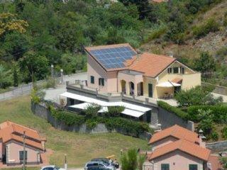 Foto 1 di Villa Via Senatore Ricci, Casarza Ligure