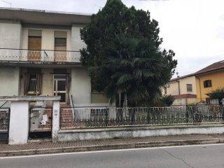 Foto 1 di Villa via di Mezzo 23, Virgilio