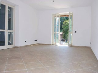Foto 1 di Appartamento via, Sommariva Perno
