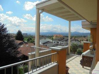 Foto 1 di Attico / Mansarda Via Acceglio25, Cuneo