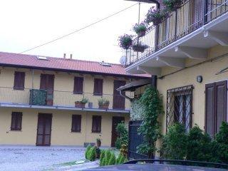 Foto 1 di Bilocale piazza Dante Alighieri, Ferno