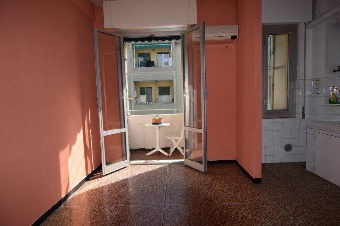 Foto 9 di Trilocale via Struppa, Genova (zona Valbisagno (Prato-Molassana-Struppa-S.Gottardo-S.Eusebio))
