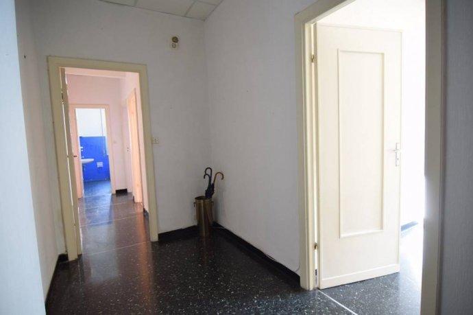 Foto 11 di Trilocale via Struppa, Genova (zona Valbisagno (Prato-Molassana-Struppa-S.Gottardo-S.Eusebio))