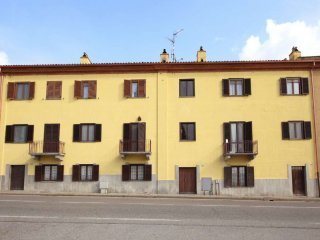 Foto 1 di Bilocale via Chivasso, San Raffaele Cimena