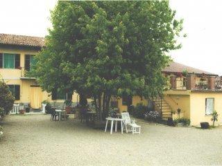 Foto 1 di Hotel / Ostello Mombaruzzo