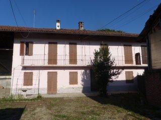 Foto 1 di Casa indipendente Lombriasco