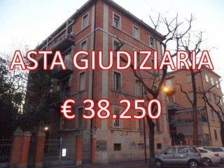 Foto 1 di Bilocale via Alessandro Algardi 27, Bologna (zona Bolognina)
