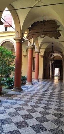 Foto 2 di Appartamento via Alfredo Testoni, Bologna (zona Centro Storico)