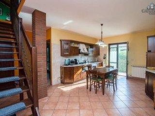 Foto 1 di Appartamento via Tolosano 16, Oglianico