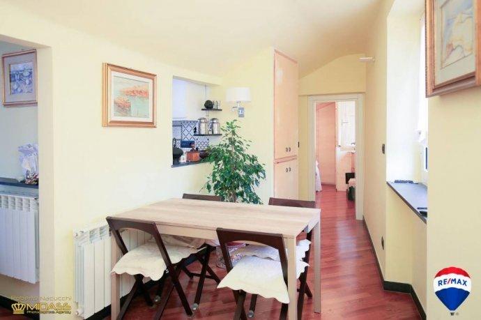Foto 5 di Quadrilocale via Innocenzo IV, Genova (zona Carignano, Castelletto, Albaro, Foce)