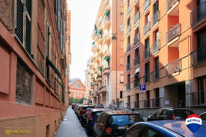 Foto 20 di Quadrilocale via Innocenzo IV, Genova (zona Carignano, Castelletto, Albaro, Foce)