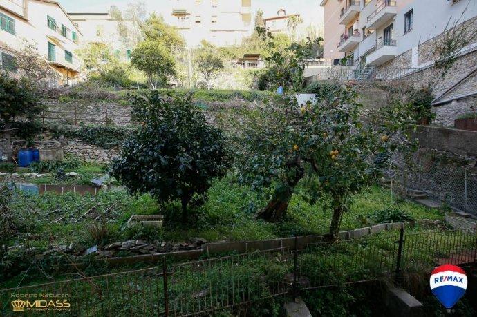 Foto 18 di Quadrilocale via del Commercio, Genova (zona Quinto-Nervi)