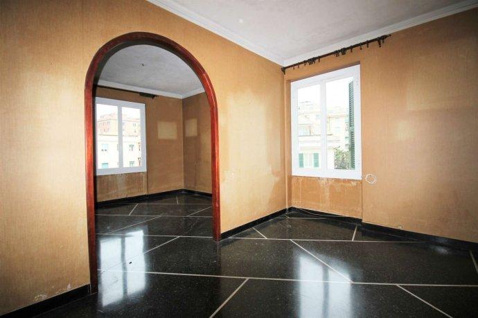 Foto 2 di Appartamento via Massone, Genova (zona Boccadasse-Sturla)
