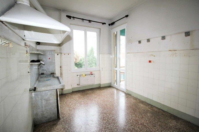 Foto 5 di Appartamento via Massone, Genova (zona Boccadasse-Sturla)