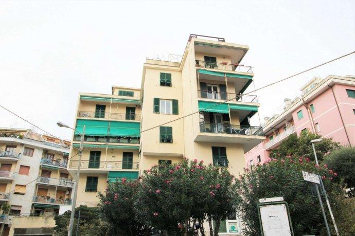 Foto 6 di Appartamento via Massone, Genova (zona Boccadasse-Sturla)